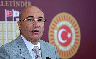 """CHP'li Vekil: """"Burası tiyatro salonu değil,  mahkeme salonudur"""""""