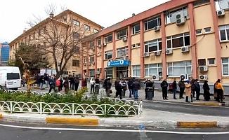 Pandemi Hastanesinde 150 Sağlık Çalışanı Koronavirüse Yakalandı