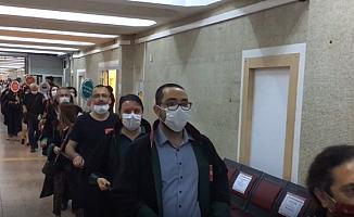 Ankara'da Avukatlar 'Savunma Zinciri' Oluşturdu