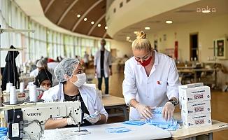 Başkentli kadınlar Maske Atölyesi'nde sağlık için üretiyor