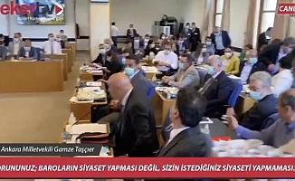 CHP'den cübbeye düğme protestosu