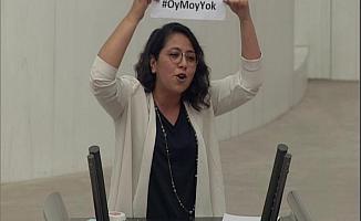 """CHP'li Kadıgil: """"Sizi Z Kuşağı Gönderecek"""""""