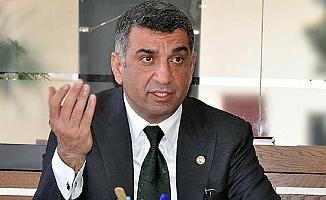 Gürsel Erol'dan, AKP'li Vekilin İl Genel Meclisinde Başkanlık Koltuğuna Oturmasına Sert Tepki
