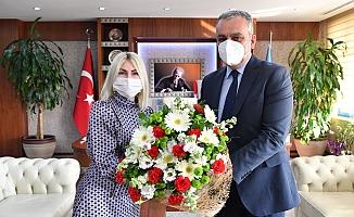 Başkan Esen'den Rektör Özkan'a ziyaret