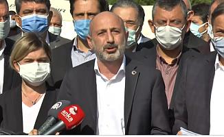 CHP sordu: Bayraklı Belediyesi yıkılan binaların 'çürük' raporunu ilgililere ilettiği halde neden önlen alınmadı?
