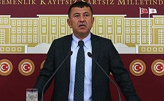 """""""AKP'nin çiftliğinde üniversiteye 'fuhuş yuvası' diyen sapıklar var!"""""""