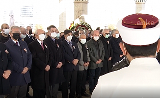 CHP Lideri Kılıçdaroğlu, Prof. Dr. Ahmet Acar'ın Cenaze Törenine Katıldı