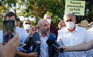 """""""Deprem Bakanlığı Kurulmalı, HES'lere son verilmeli, Siyanürle Altın Aranmamalı, Hayvan Hakları Yasallaşmalı!"""""""