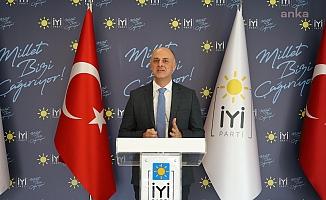 """İYİ Parti'li Özlale uyardı: """"2021'e daralan ekonomi ve artan istihdam problemi ile gireceğiz"""""""