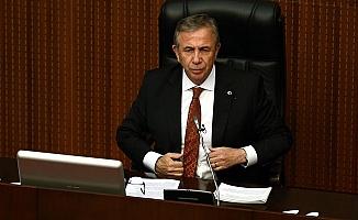 """Soğukta sokakta kalan vatandaşlar için Mnasur Yavaş'tan çağrı: """"153'e bildirin, biz misafir edelim"""""""