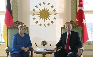 Cumhurbaşkanı Erdoğan, Almanya Başbakanı Merkel görüştü