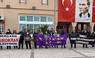 İzmir'de 8 kız öğrenciyi tacizden yargılanan öğretmene tahliye kararı çıktı