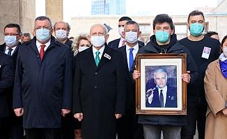 Kemal Kılıçdaroğlu, Kemal Akkaya İçin TBMM'de Düzenlenen Cenaze Törenine Katıldı