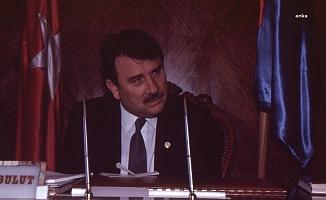 Eski Başbakan Yıldırım Akbulut yaşamını yitirdi