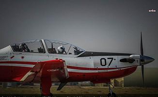 İzmir'de Askeri Eğitim Uçağı Düştü, 2 Pilot Kurtuldu
