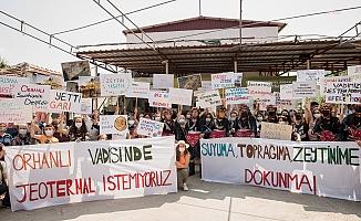 İzmir'de köylülerin JES zaferi... Davullu, zurnalı, zeybekli protesto ile toplantıyı iptal ettirdiler