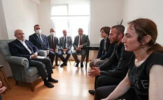 """Kemal Kılıçdaroğlu'ndan Mithat Evlice'nin ailesine ziyaret, baba Evlice: """"Ocağımıza ateş düştü"""""""