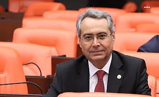 CHP'li Zeybek: AKP'li Turizm Bakanı bir gün olsun turizm emekçisinin hakkını savunsun