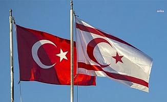 Devlet erkanı ve  siyasi parti yöneticileri, Kıbrıs Barış Harekatı'nın 47. yıl dönümü kutladı