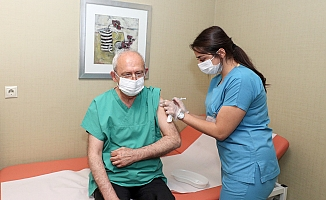 Kılıçdaroğlu, 3. doz koronavirüs aşısını oldu