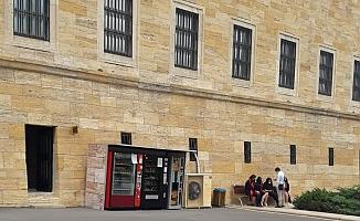 Koruma Kurulu Kararı: Anıtkabir'de Otomatlar Kaldırılıyor