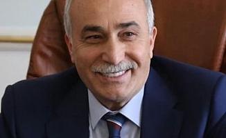 """AKP'li Fakıbaba'dan Milli Eğitim Bakanı Özer'e: """"Gidenin neden gittiğini, gelenin nasıl geldiğini bilmediğimiz bir kararı izah edemiyoruz"""""""