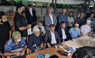 Davutoğlu'ndan Konya'da Katledilen Dedeoğlu Ailesi'nin Yakınlarına Taziye Ziyareti
