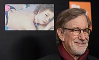 span style=color:#6633ccÜnlü yönetmen Spielberg#39;in kızı porno yıldızı oldu/span