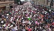 Krize ve aşırı sağa karşı kadınlar ayakta