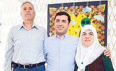 Selahattin Demirtaş'ın anne ve babası kaza geçirdi!