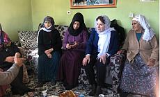 Meral Akşener, Doğanyol İlçesinde Taziye Evini Ziyaret Etti