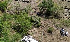 Giresun'da araç uçuruma yuvarlandı: 2 ölü